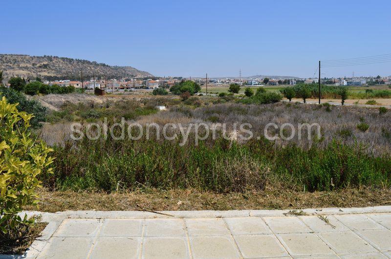 Land/Ruins for sale in Oroklini