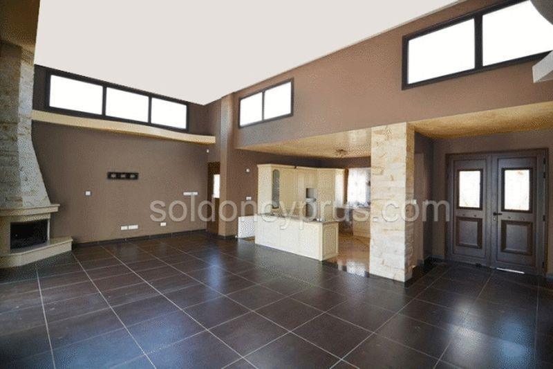 House/Villa for sale in Latchi