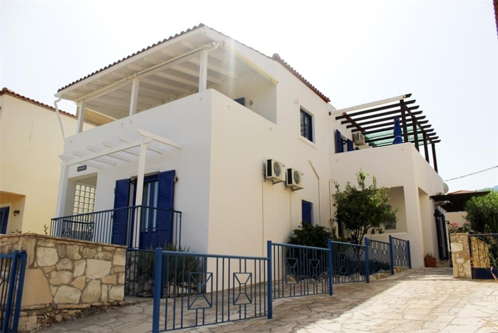House/Villa for sale in Kournas
