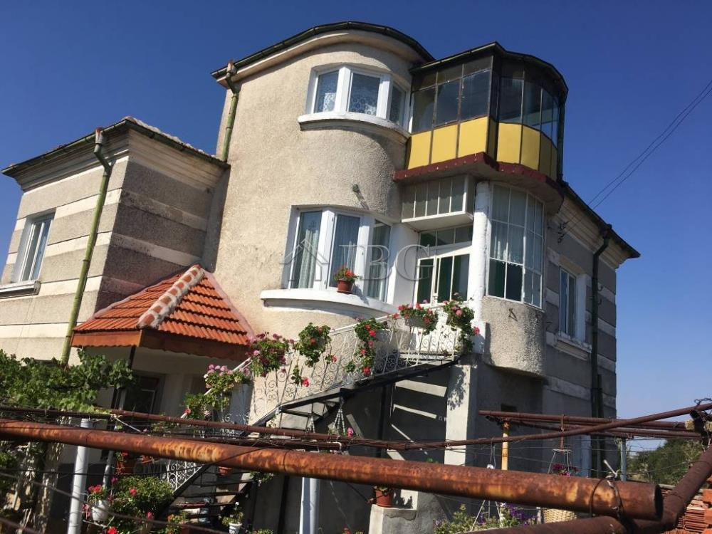 House/Villa for sale in Elkhovo