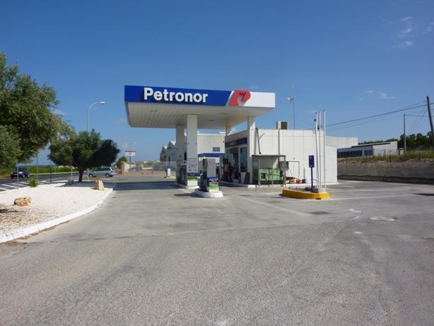 Commercial for sale in San Miguel de Salinas