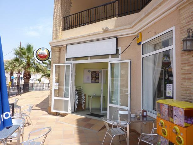 Commercial for sale in Orihuela Costa