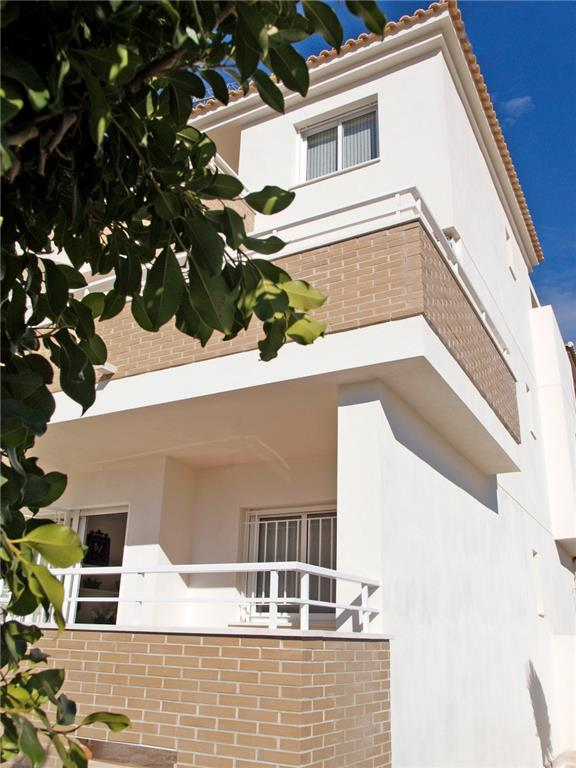 Apartment/Flat for sale in San Cayetano