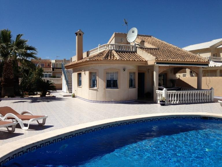 House/Villa for sale in Los Urrutias