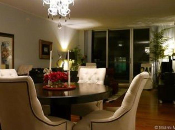 House/Villa for sale in Hollywood