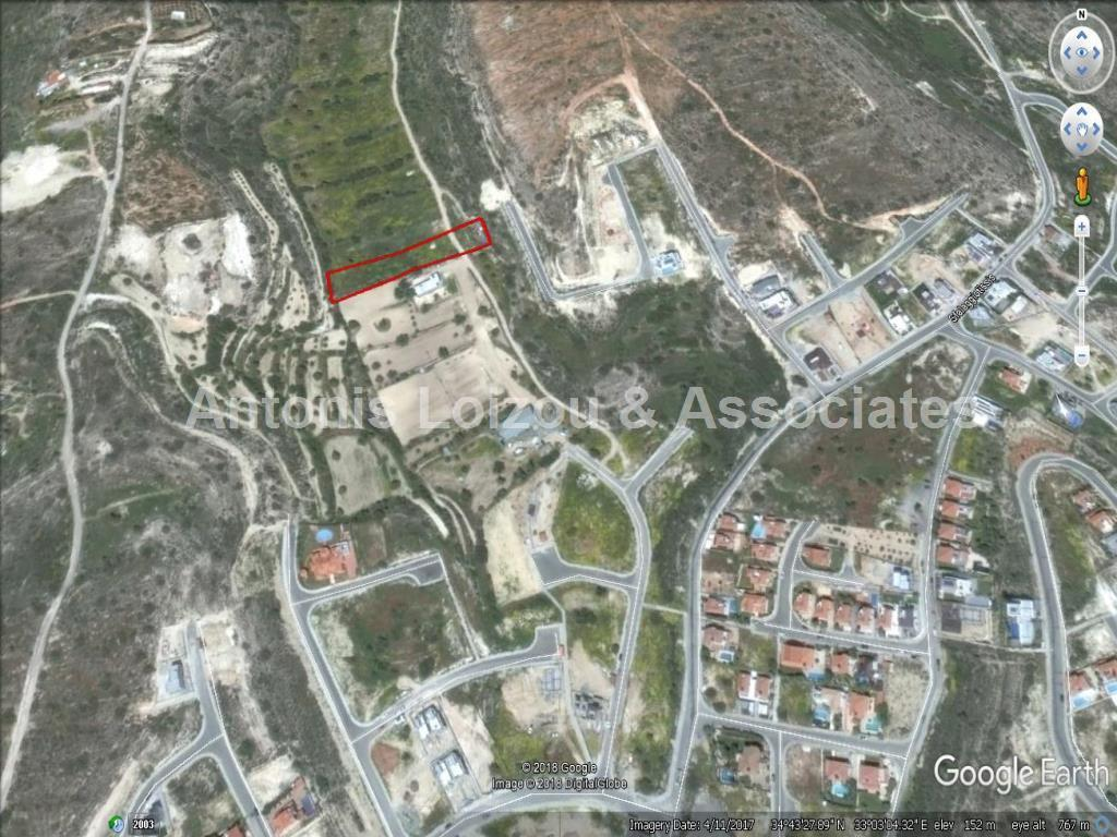 Land/Ruins for sale in Ayios Athanasios