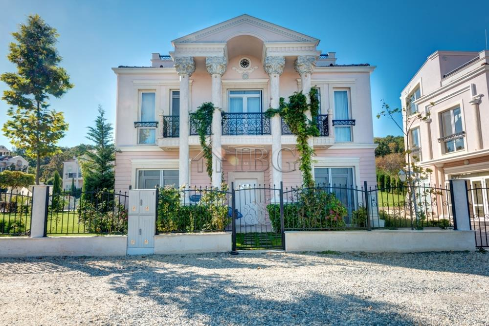 House/Villa for sale in Sozopol