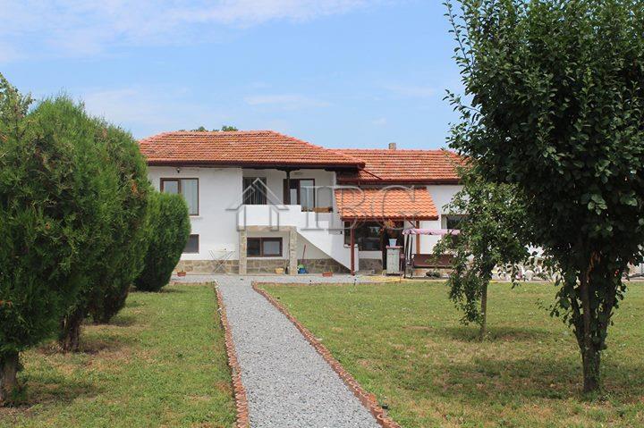 House/Villa for sale in Shumen