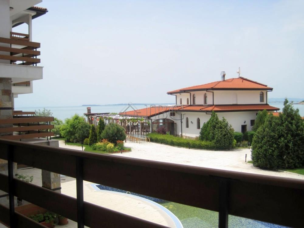 Apartment/Flat for sale in Elenite
