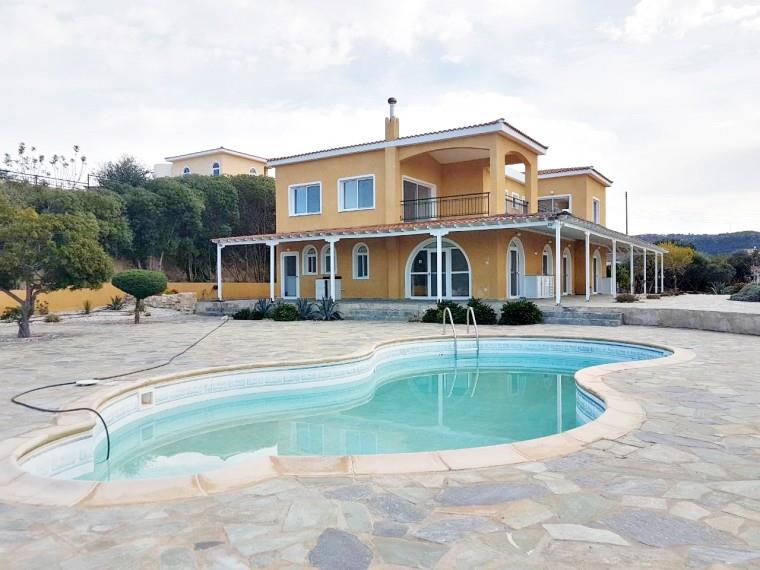 Detached for sale in Akoursos