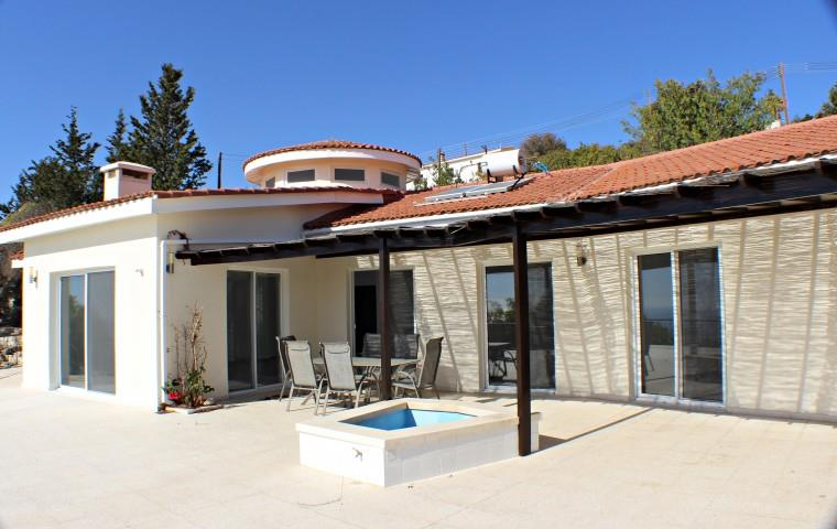 Detached for sale in Armou