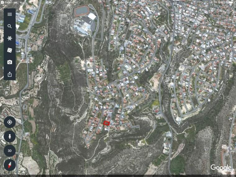 Land/Ruins for sale in Agia Fyla