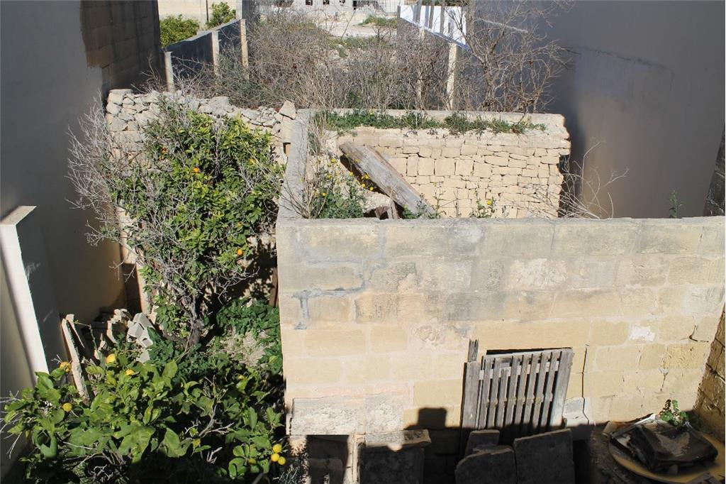 Townhouse for sale in Zebbug