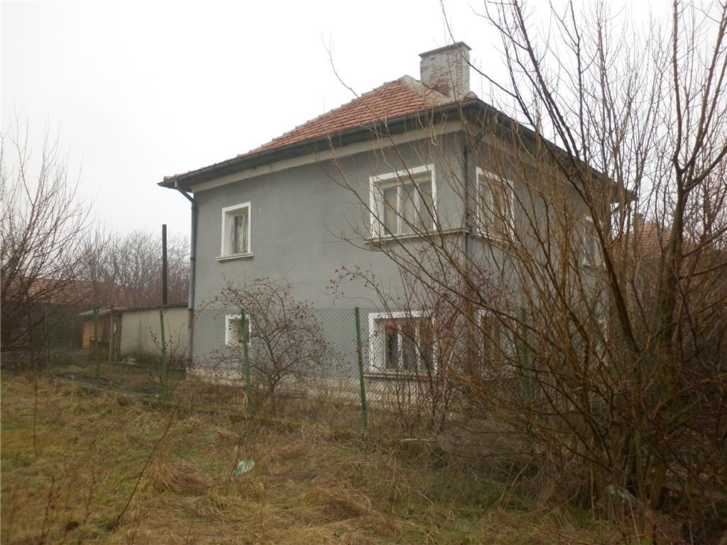 Detached for sale in Gradeshnitsa