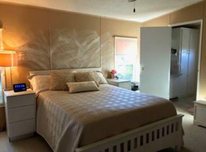 House/Villa for sale in Edgewater