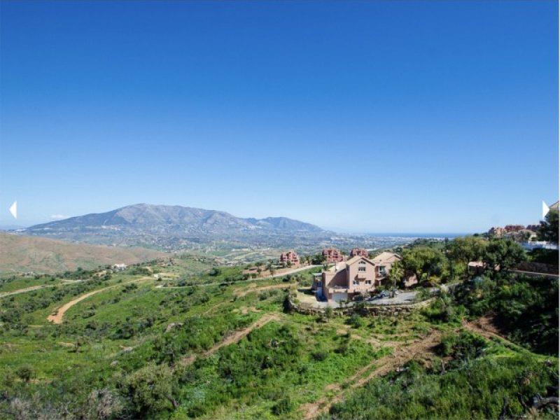 Land/Ruins for sale in Elviria