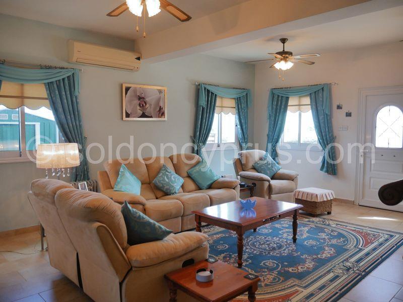 House/Villa for sale in Phrenaros