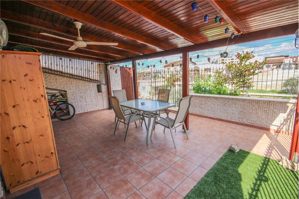 House/Villa for sale in Dhrousha