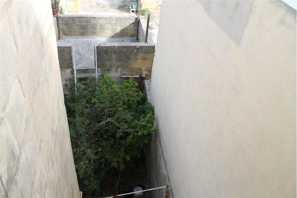 Townhouse for sale in Birzebbuga