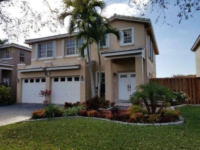 House/Villa for sale in Cooper City