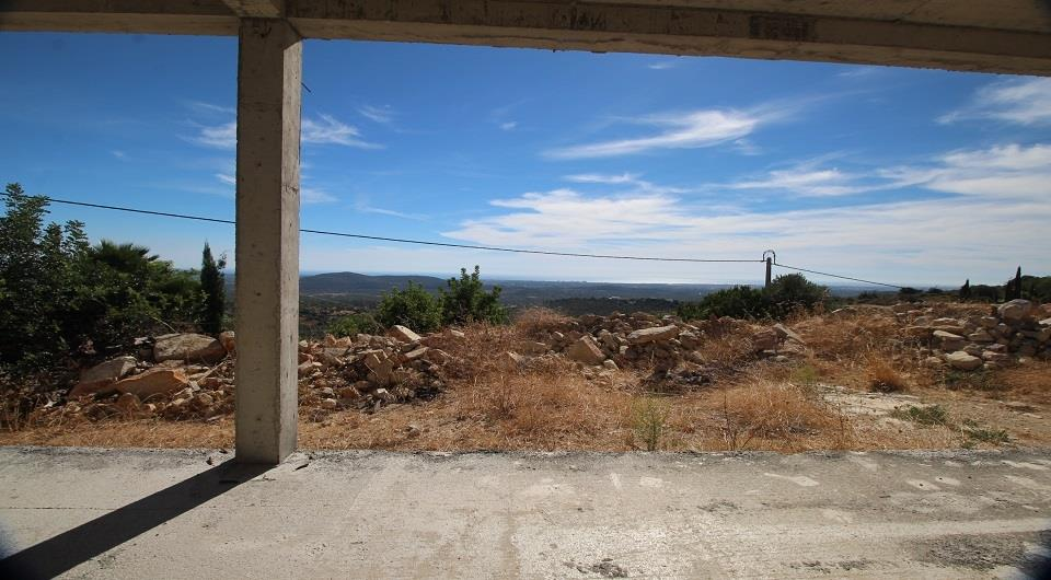Land/Ruins for sale in Loule