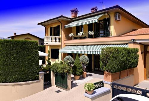 Detached for sale in Barga