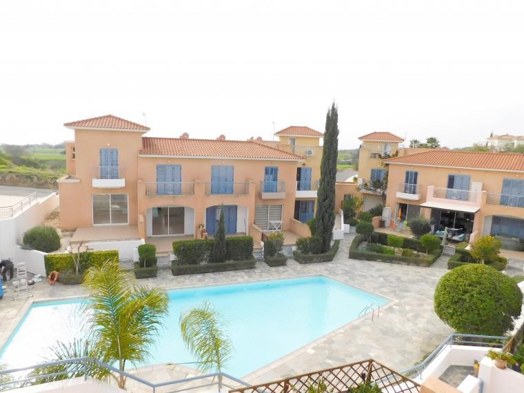 Townhouse for sale in Anarita