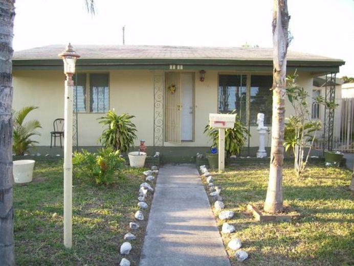 House/Villa for sale in Hallandale Beach