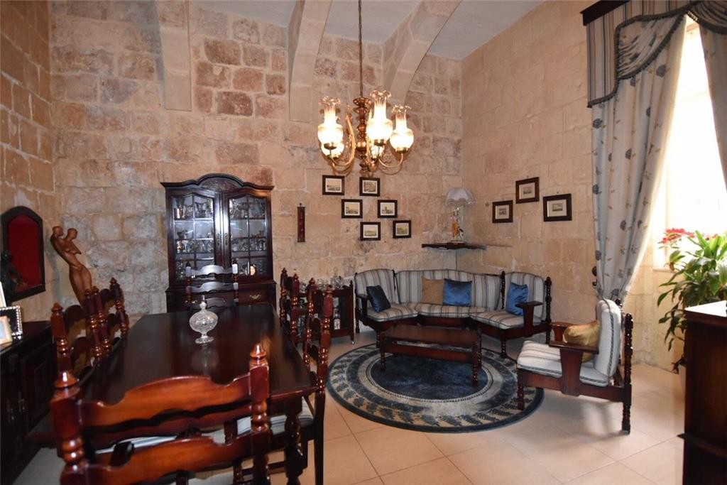 Townhouse for sale in Floriana