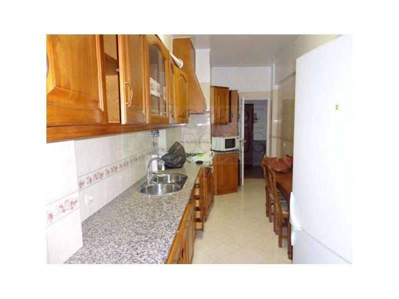 Apartment/Flat for sale in Alverca