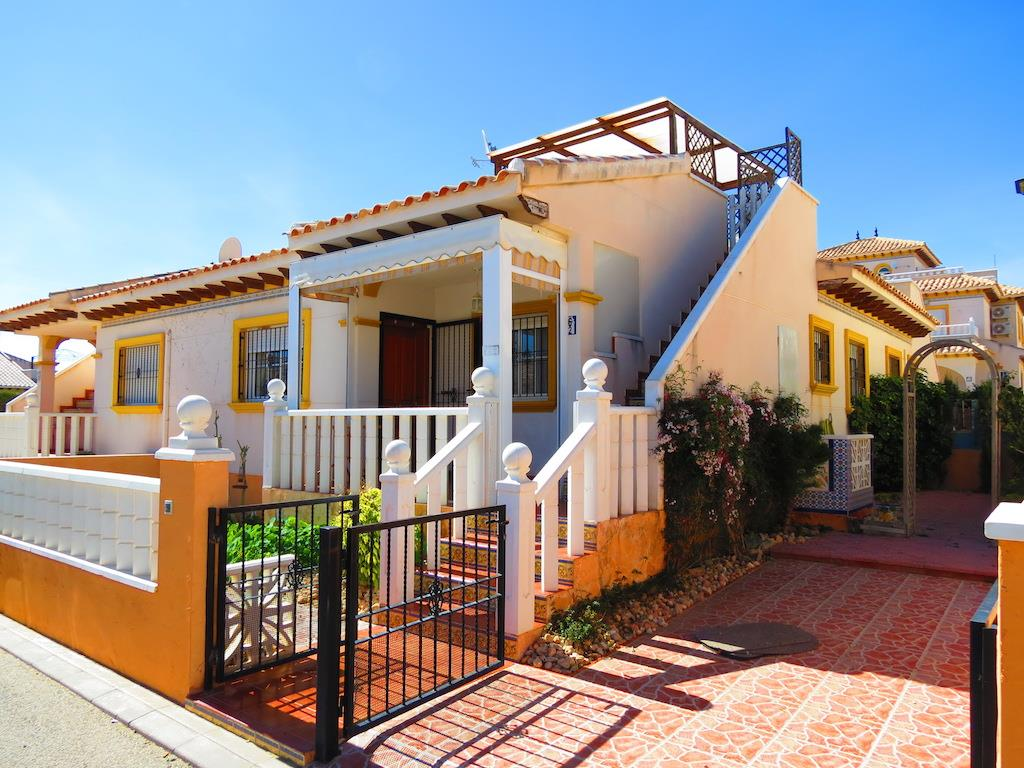 Bungalow for sale in Cabo Roig