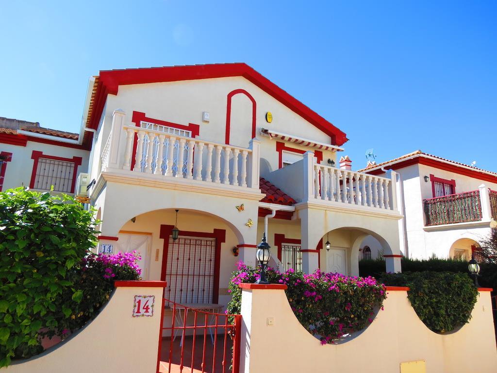Townhouse for sale in La Zenia