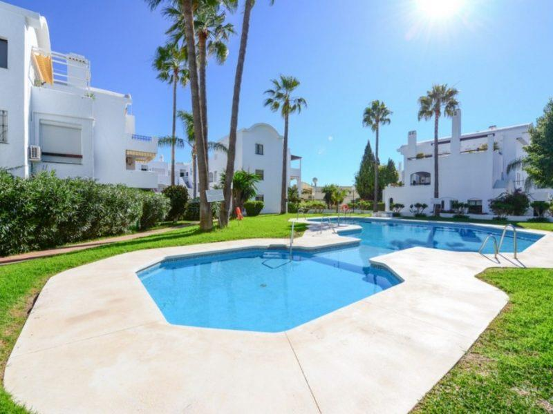 Apartment/Flat for sale in El Paraiso