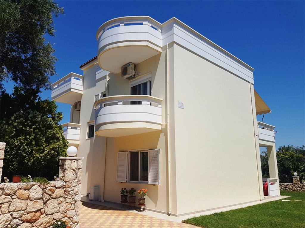House/Villa for sale in Armenoi