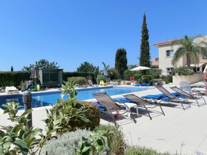 Apartment/Flat for sale in Peyia