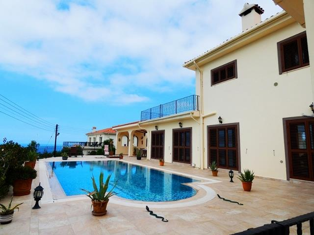 House/Villa for sale in Esentepe