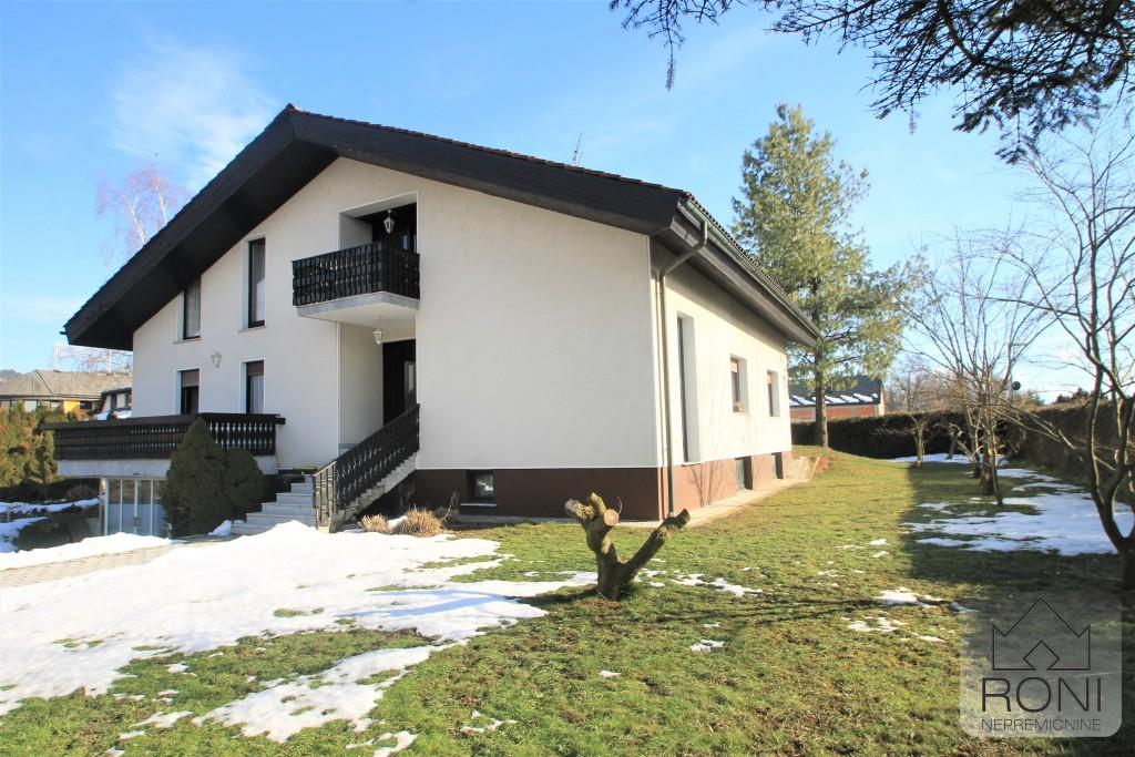 Detached for sale in Domzale