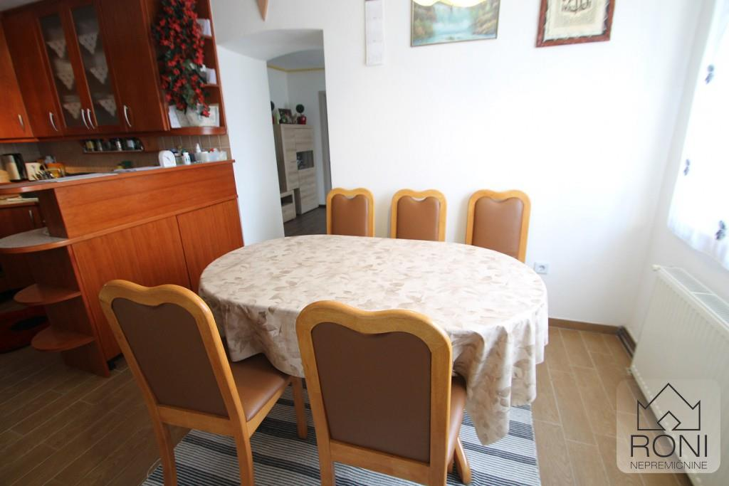 Apartment/Flat for sale in Borovnica