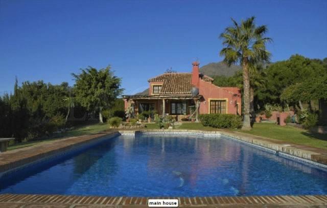 Rural for sale in Estepona
