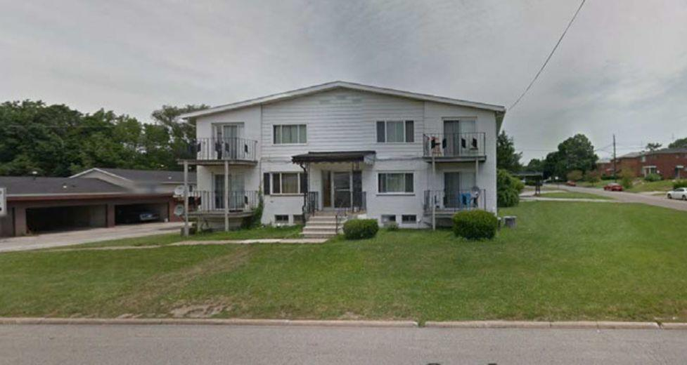 House/Villa for sale in Akron