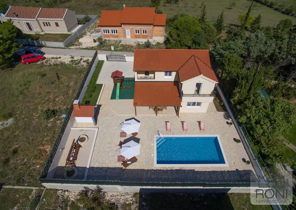 House/Villa for sale in Zadar