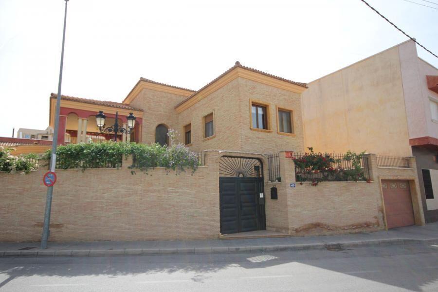 House/Villa for sale in La Aparecida