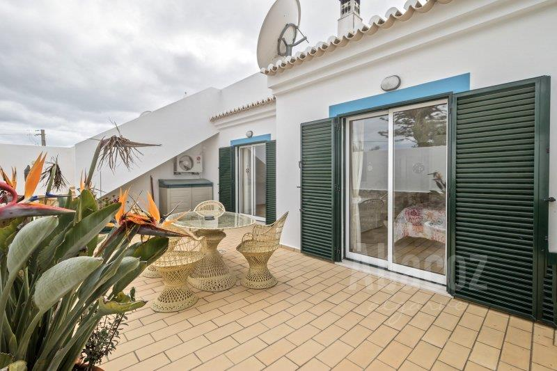 Townhouse for sale in Espiche