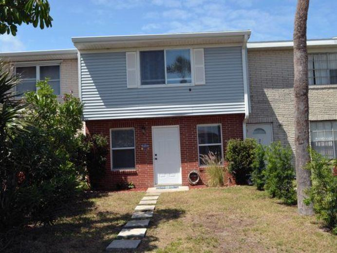 Townhouse for sale in Cape Canaveral