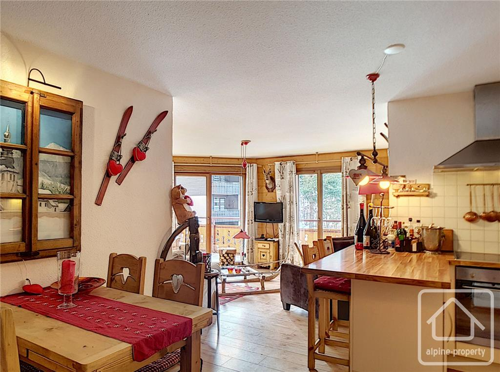 Apartment/Flat for sale in Chatel
