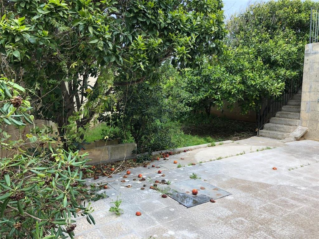 Bungalow for sale in Naxxar