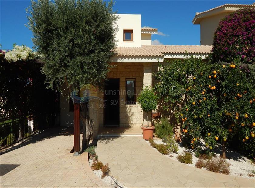 House/Villa for sale in Aphrodite Hills Golf Resort