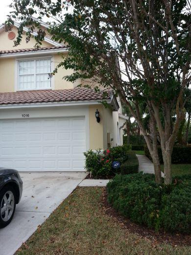 Townhouse for sale in Greenacres