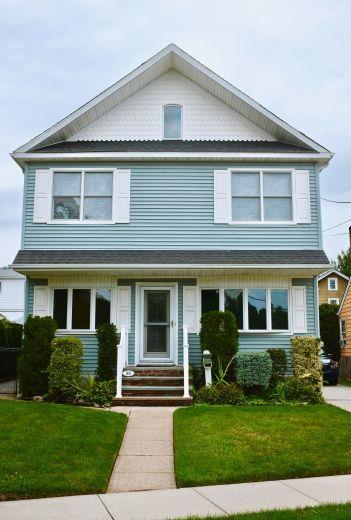 House/Villa for sale in Mineola