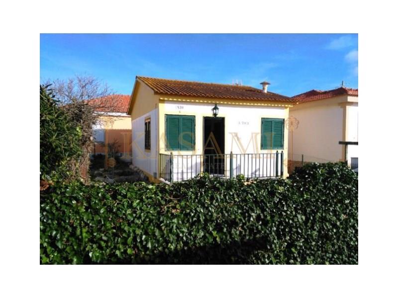 House/Villa for sale in Atouguia da Baleia